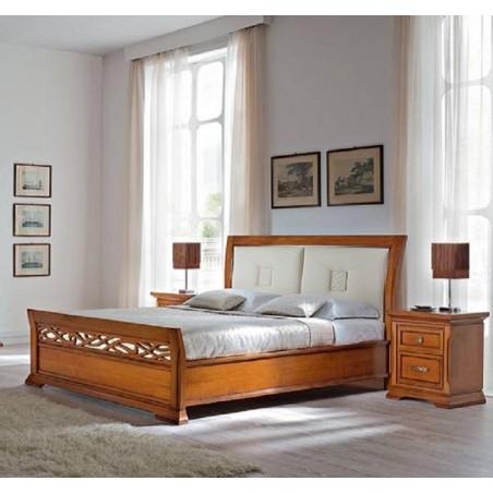PRAMA спальня BOHEMIA  КРОВАТЬ с кожанным изголовьем и с резным изножьем